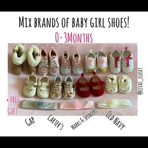 LOT of baby girl mix brands of shoes 0-3 months